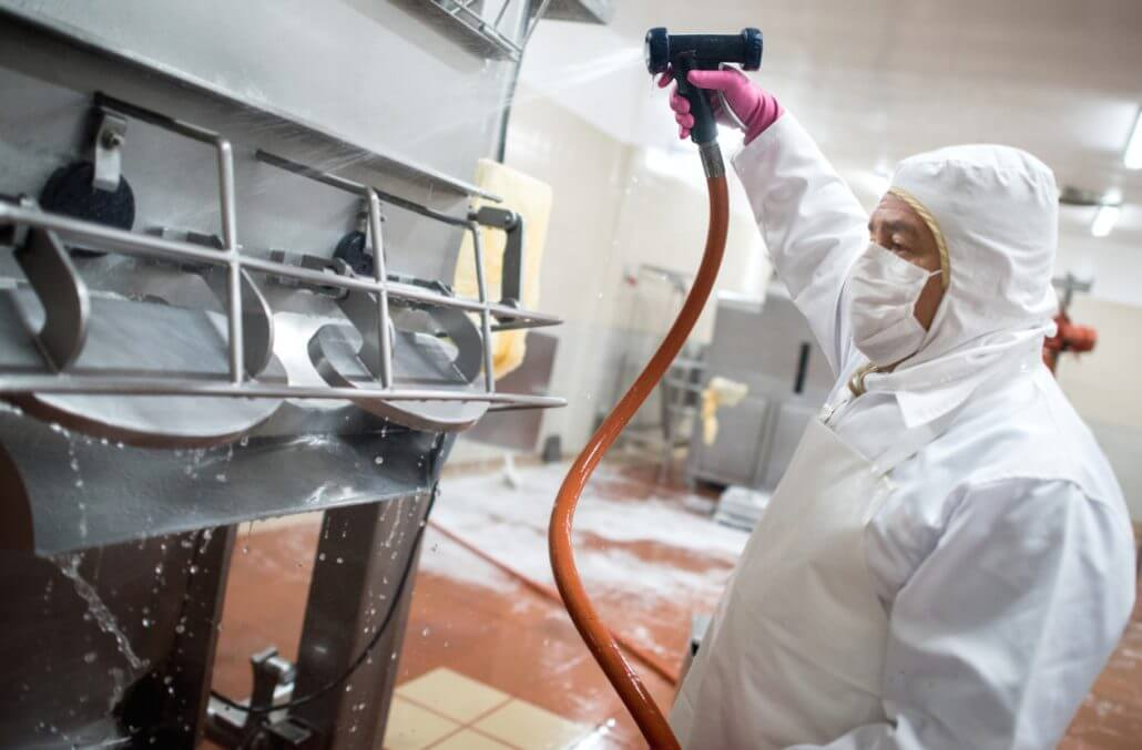 Disinfecting in the Food Processing Industry